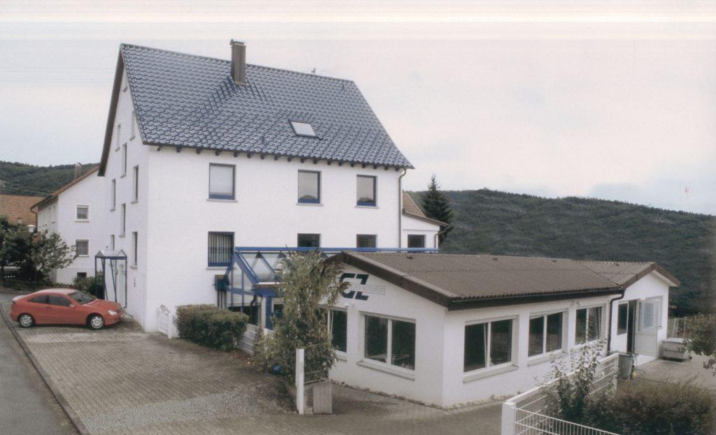 Firmengebäude (um das Jahr 2000)